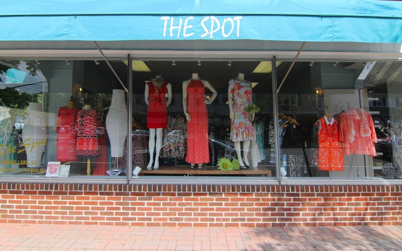 the-spot-boutique-and-bella-accessories-nj